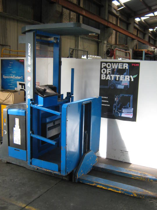 Jungheinrich Battery Electric Man Up Order Picker
